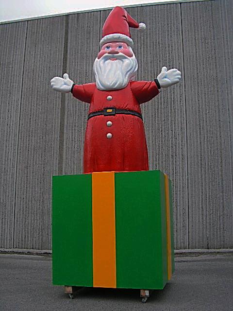 Six Flags Santa